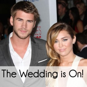 Miley Cyrus Twitter Photos: Engagement to Liam Hemsworth is On!