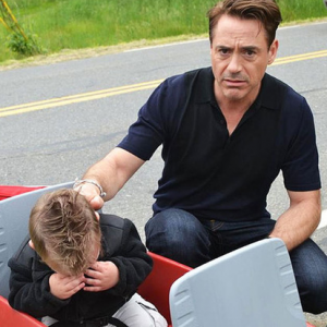 Robert Downey Jr Consoles Toddler Who Came to See Iron Man (Heather Denno)