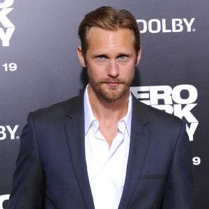Alexander Skarsgard Talks Being Naked & Dad Cooks in the Nude