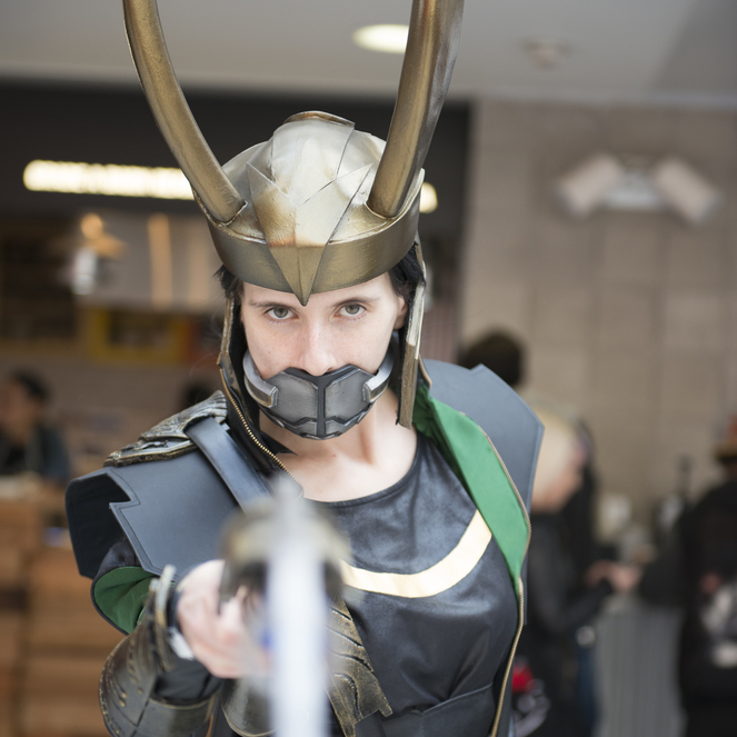 Tom Hiddleston Crashes Comic-Con Dressed as Loki + Thor 2 Footage