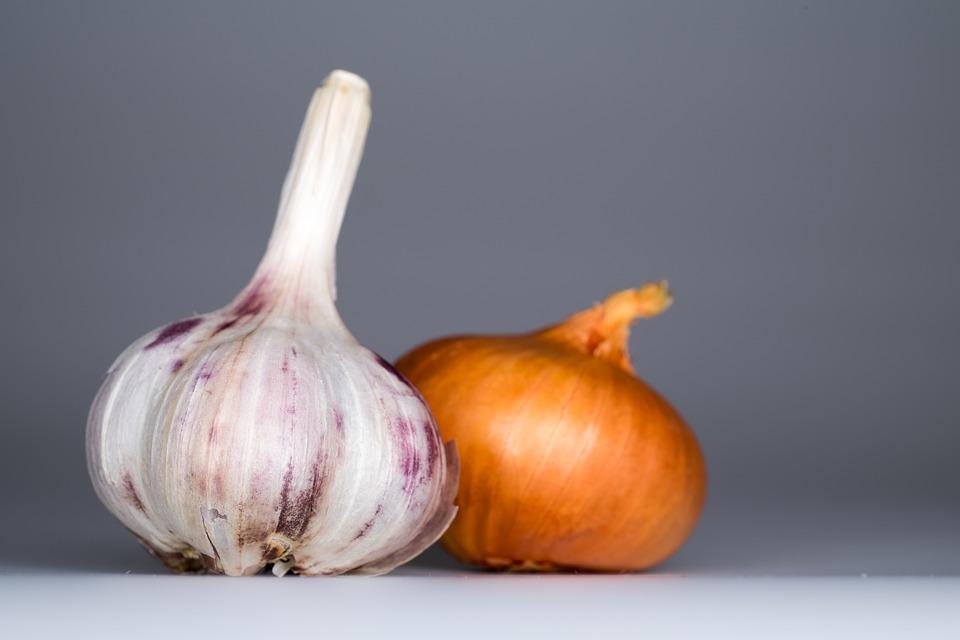 garlic onion foot detox