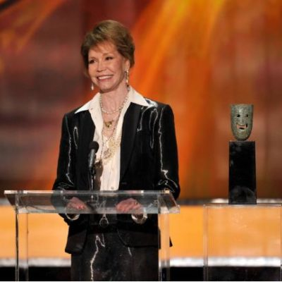 BREAKING NEWS: Mary Tyler Moore Has Died At Age 80
