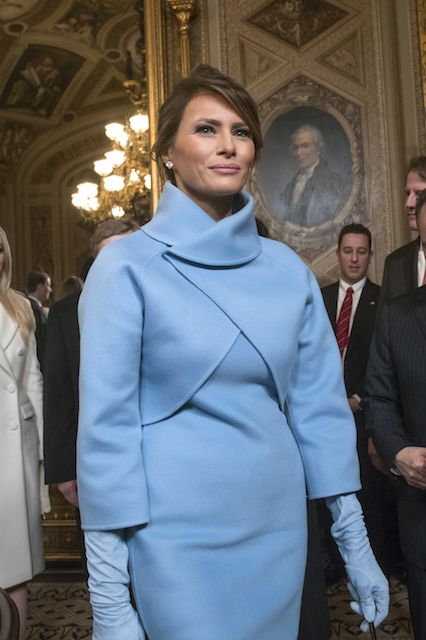 melania-ralph-lauren-blue-dress