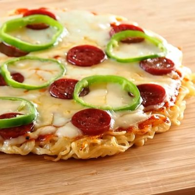 How to Make Ramen Noodle Pizza: Only 4 Ingredients!!!